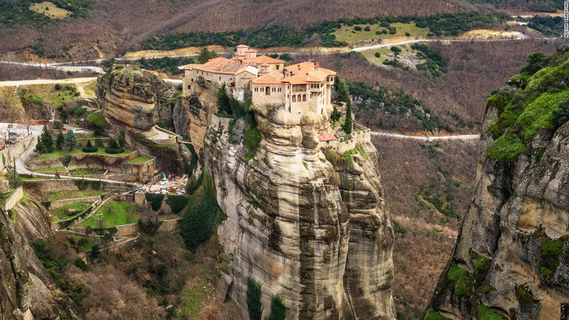 Thessaloniki to Meteora - Private Day Trip