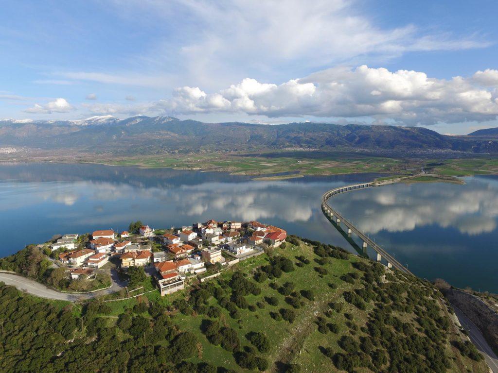 Thessaloniki to Kozani and Servia, Private Day Trip, Neraida (Fairy)